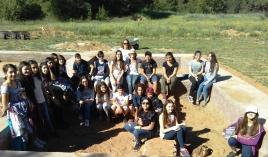 Η αρχαιολογική ομάδα τού Α΄ 2 τμήματος τού Β΄ Αρσακείου - Τοσιτσείου Γυμνασίου Εκάλης.