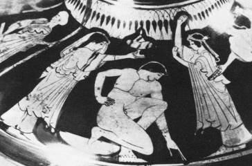 Ερυθρόμορφη υδρία, παράσταση με προετοιμασία γαμπρού (συνέχεια) πίσω από τον γαμπρό εικονίζεται μια γυναίκα με μυροδοχείο και αριστερά της ο πατέρας του γαμπρού.