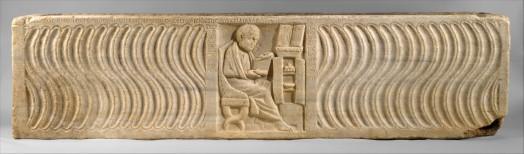 15α. Ρωμαϊκή σαρκοφάγος από την Όστια, 4ος π.Χ. αι. Γιατρός μπροστά στη βιβλιοθήκη του. Μητροπολιτικό Μουσείο Νέας Υόρκης.